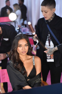 Shanina Shaik - 2018 Victoria's Secret Fashion Show in NYC 11/8/2018 4eb2281026214704