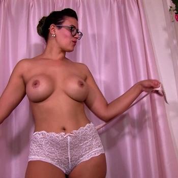 Выбирая Трусики Мамы / Penny Barber - Picking Mommie s Panties (2015) HD 1080p