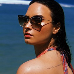 Demi Lovato - Random Photoshoot For Diff Eyewear 2018cb9c44850635034