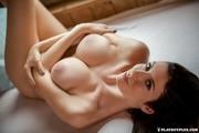 http://thumbs2.imagebam.com/b3/83/46/2aaba3766788393.jpg