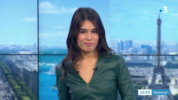 Emilie Tran Nguyen - Novembre 2018 - Page 2 5a00051045835064