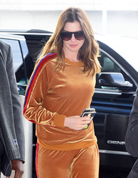Anne Hathaway - Arriving at JFK airport 3/9/18