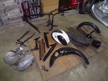 Restauration MONDIAL 125cc Champion Lusso. 96030d662385893