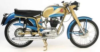 Restauration MONDIAL 125cc Champion Lusso. 5c0a09689005023