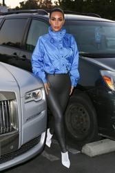 Kim Kardashian - At PetSmart in Calabasas 12/12/18
