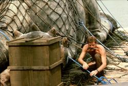 Динозавр: Тайна затерянного мира / Baby: Secret of the Lost Legend/ (1985) Шон Янг 275795859592564