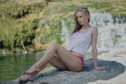 http://thumbs2.imagebam.com/b7/f8/37/f5612e958313694.jpg