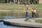 Selena Gomez at Lake Balboa park in Encino 02/02/2018eb9f25737644243