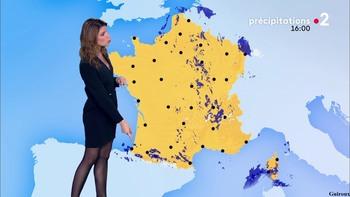 Chloé Nabédian - Novembre 2018 - Page 2 5b544a1044856474