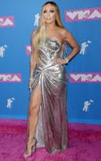 Дженнифер Лопез (Jennifer Lopez) MTV Video Music Awards, 20.08.2018 (95xHQ) 3dd9fd955993484