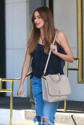 Sofia Vergara - Shopping in Beverly Hills 4/20/18