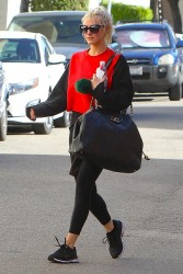 Ashlee Simpson - Going to the gym in Studio City 1/26/18