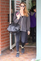 Ashley Greene - Leaving a nail salon in Beverly Hills 3/16/18