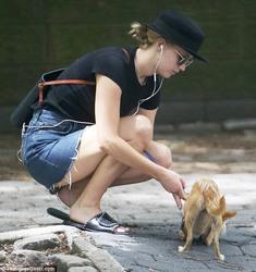 Jennifer Lawrence - Walking her dog in NYC 6/25/18