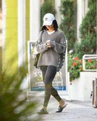 Vanessa Hudgens - Leaving pilates class in LA 9/27/18