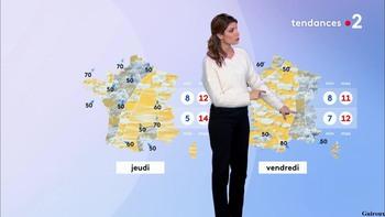 Chloé Nabédian - Novembre 2018 - Page 2 D98c4a1046243954