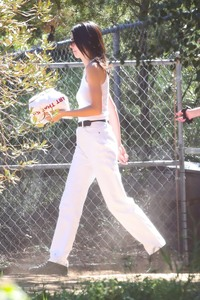 Kendall Jenner - Going to church in LA 3/17/19