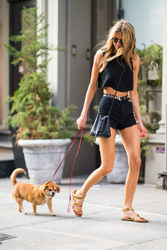 Martha Hunt - Out in NYC 8/6/2018 9bcd59939877914