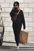 Ashley Tisdale - Getting lunch in LA 11/27/18