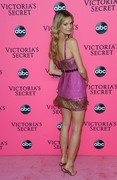 Nadine Leopold - 2018 Victoria's Secret Viewing Party in NYC 12/2/18