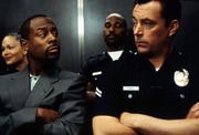 Бриллиантовый полицейский / Blue Streak (Мартин Лоуренс, Люк Уилсон, 1999) D6e8a11024153734
