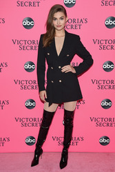 Grace Elizabeth - 2018 Victoria's Secret Viewing Party in NYC 12/2/2018 6f46161050710254