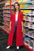 Jessica Alba - Staples for Students sweepstakes event in NYC 10/29/2018 cb14e91016104444