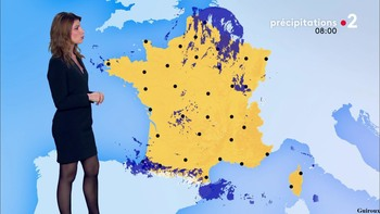 Chloé Nabédian - Novembre 2018 - Page 2 2f8d061044856344