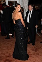 Heidi Klum - 2018 amfAR Gala New York 2/7/18