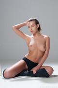 http://thumbs2.imagebam.com/d4/f3/87/00ce33983706314.jpg