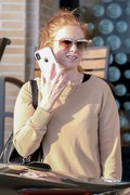 Isla Fisher - Shopping in Beverly Hills 12/26/18