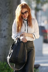 Isla Fisher - Out for lunch in Beverly Hills 12/19/18