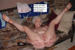 nackt Daly Tyne Linda Evans