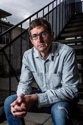路易瑟如:黑暗之洲 第一季 Louis Theroux: Dark States Season 1_海报