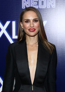 Natalie Portman - Premiere of Neon's 'Vox Lux' in Hollywood 12/5/2018 2fcd1a1054320184