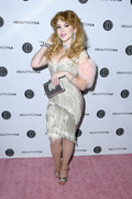 Renee Olstead - Beautycon Festival LA 7/14/2018 + 57 UHQ ADDS