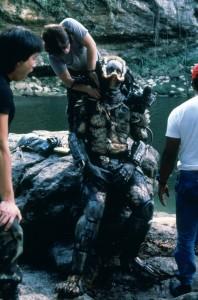 Хищник / Predator (Арнольд Шварценеггер / Arnold Schwarzenegger, 1987) - Страница 2 D3a50a726636553