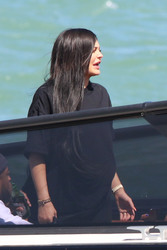Kylie Jenner - On a boat in Miami 3/5/18