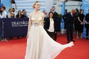 Elle Fanning - 'Galveston' Premiere during the 44th Deauville American Film Festival 9/1/2018 66f34e962471504