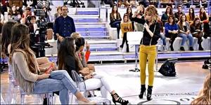 Izabel Goulart 4 vs. Emma García 4 (Mundial 7 grupo D jornada 2 partido 2). (FINALIZADO). F4a453960396594