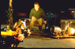 Солдатики / Small soldiers (1998) Кирстен Данст , Томми Ли Джонс (голос) 9fe9ae937750444