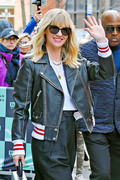January Jones - Arriving at the AOL Build Studios in NYC 4/12/18