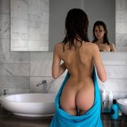 http://thumbs2.imagebam.com/de/cd/4a/8d5234799863043.jpg