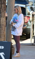 Hilary Duff - Out in Studio City 1/25/19
