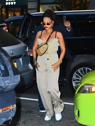 Rihanna - Out in NYC 5/5/18