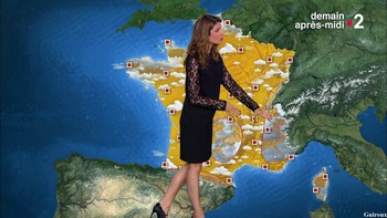 Chloé Nabédian - Août 2018 23f717952486354