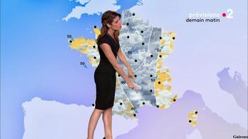 Chloé Nabédian - Août 2018 39b92a958525164