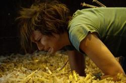 电锯惊魂2 Saw II影片截图