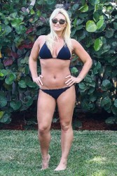 Brooke Hogan Wearing a Bikini in Miami - 1/7/18