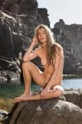 http://thumbs2.imagebam.com/e5/3f/cc/e9f395672148723.jpg